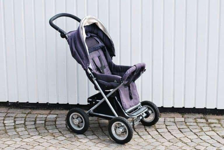Бебешки колички и как да си изберем най-подходящата