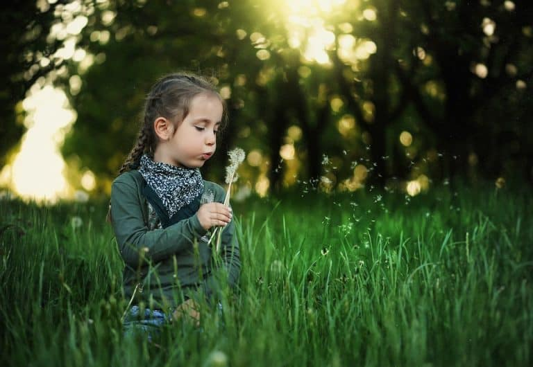 Как да облечем детето през пролетта