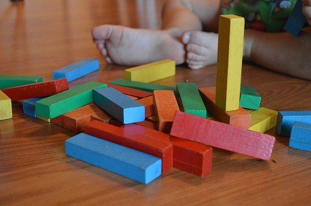 Как да изберем подходящите детски играчки за своето дете?